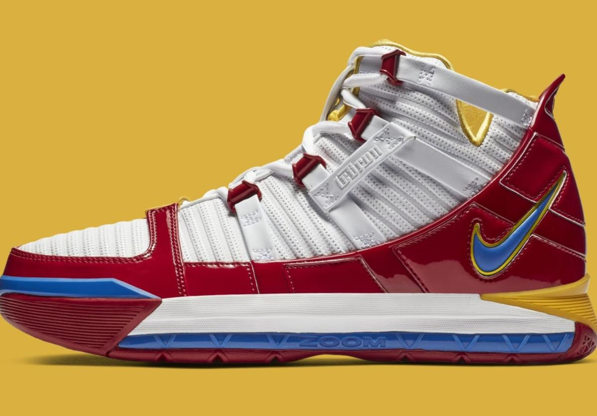 LeBron 3 Superman