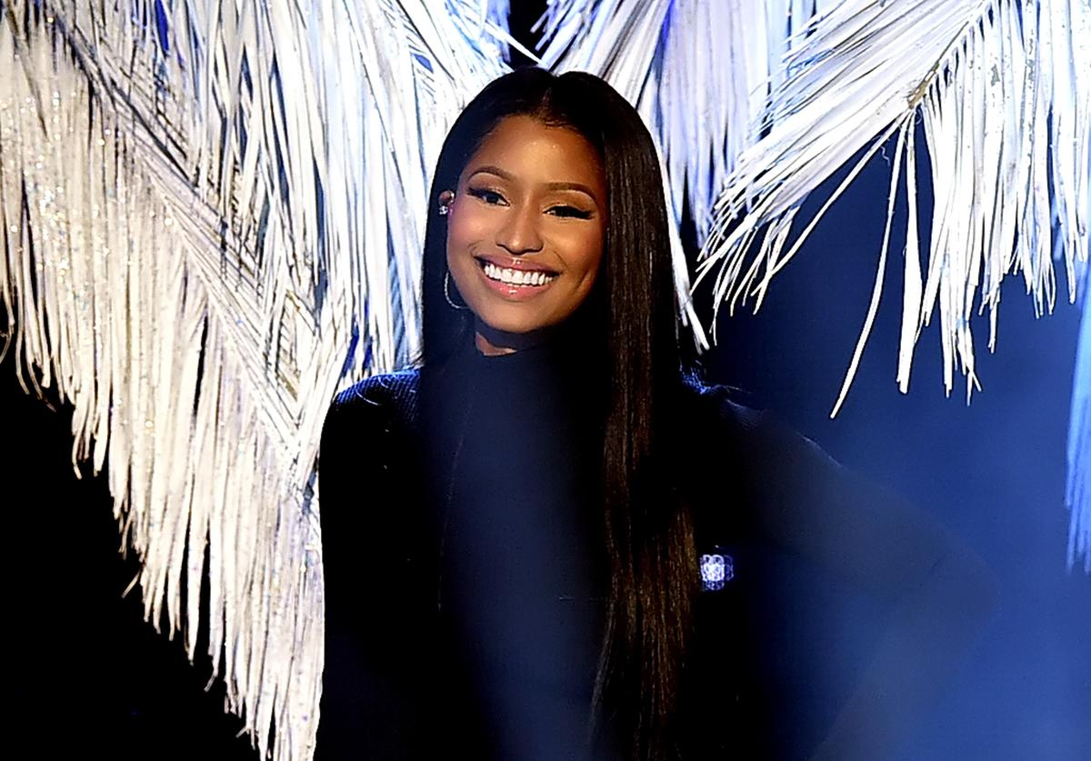 Nicki Minaj performs onstage during the 2016 American Music Awards at Microsoft Theater on November 20, 2016 in Los Angeles, California