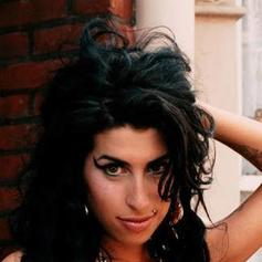 Amy Winehouse - Like Smoke Feat. Nas