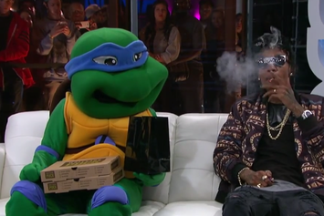 Wiz Khalifa Smokes With A Ninja Turtle On SKEE Live