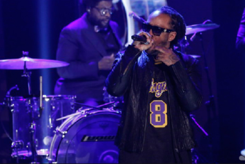 """Ty Dolla $ign Performs """"Paranoid"""" Live On Jimmy Fallon"""