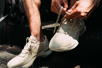 First Look At The Under Armour Curry Lux Low