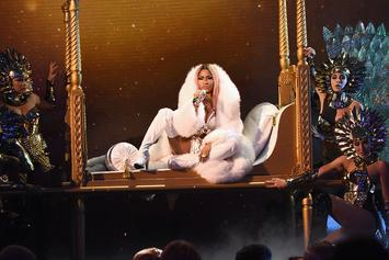 Nicki Minaj Creates A Snapchat Account, Nearly Breaks The Internet