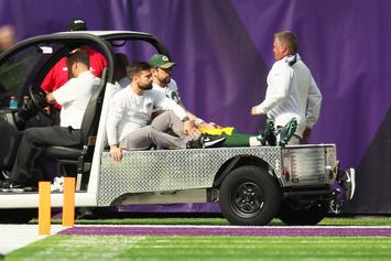 Aaron Rodgers Could Be Back Throwing By December: Report