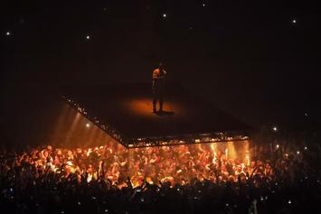 "Kanye West's ""Saint Pablo"" Tour Was Designed For The Selfie Experience"