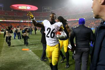 Le'Veon Bell Says He Will Not Sit Out This Season