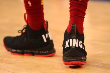 "LeBron James Trolls Knicks With ""I'm King"" LeBron 15s At MSG"