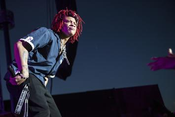 "Trippie Redd Leads Crowd In ""Fu*k Bitch 9ine"" Chant"
