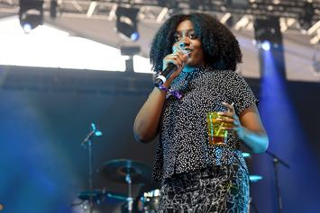 "Noname Performs A Medley Of ""Room 25"" Songs On The Late Show With Colbert"
