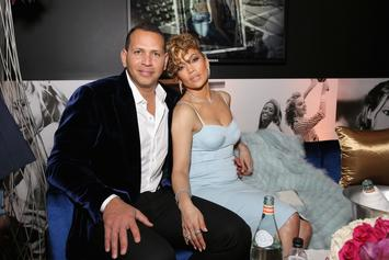 Jennifer Lopez Learns Baseball Hand Signals From Alex Rodriguez