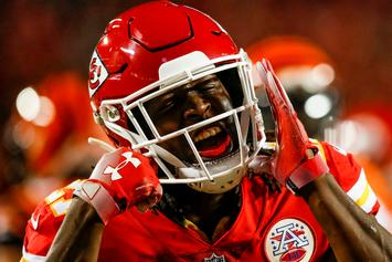 "Kareem Hunt Removed From ""Madden NFL 19,"" Replaced By Generic Player Scab"