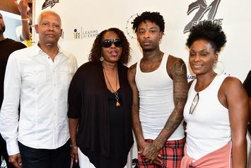"""21 Savage's Mom Speaks On His Arrest: """"This Too Shall Come To Pass"""""""