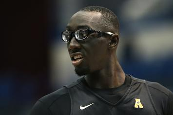 UCF's Tacko Fall Standing Next To CBS' Tracy Wolfson Will Blow Your Mind