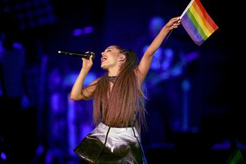 Ariana Grande Fans Convinced She's Coming Out As Bisexual In New Song
