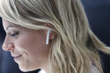 Amazon Plan To Compete Against Apple Airpods With Alexa-Equipped Earbuds