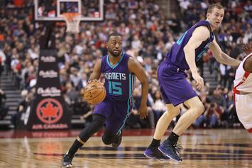 Kemba Walker's Teammate Makes Lemonade Stand To Keep Him In Charlotte