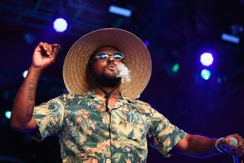 """ScHoolboy Q Performs """"Water"""" With Desus & Mero On A Carousel: Watch"""