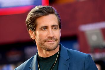 """Jake Gyllenhaal Passionately Defends Sean Paul: """"He Makes Every Song Better"""""""