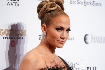 "Jennifer Lopez Never Suspected Her 2000s Grammy Dress To Still Be A ""Thing"""