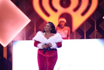 """Lizzo Performs """"Truth Hurts"""" & """"Good As Hell"""" For Eddie Murphy's """"SNL"""" Episode"""