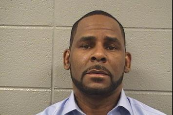 R. Kelly Has No Visitors In Jail Other Than Remaining Girlfriend, Joycelyn Savage