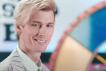 """Machine Gun Kelly Is A Master Of Disguise In """"Concert For Aliens"""""""