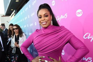 "Niecy Nash Speaks Candidly About Marrying A Woman, Says She Isn't ""Coming Out"""