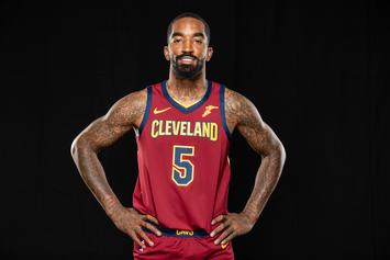 """JR Smith Blasts """"FDT"""" While Flipping Off Trump Supporters"""