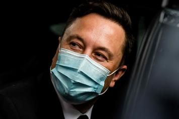 """Elon Musk Calls Out """"Bogus"""" COVID-19 Tests Following Positive & Negative Results"""