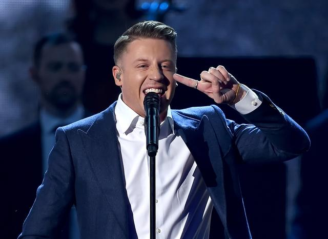 Macklemore performing at the AMAs