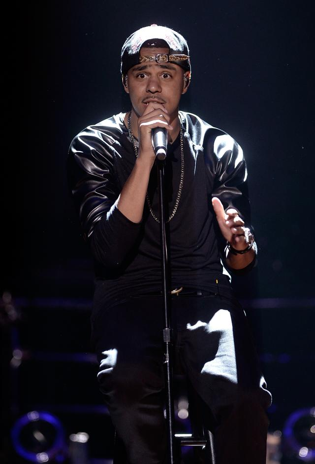 J Cole at VH1 awards 2013