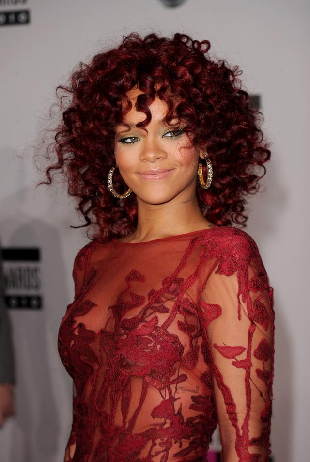 Rihanna at the 2010 AMAs