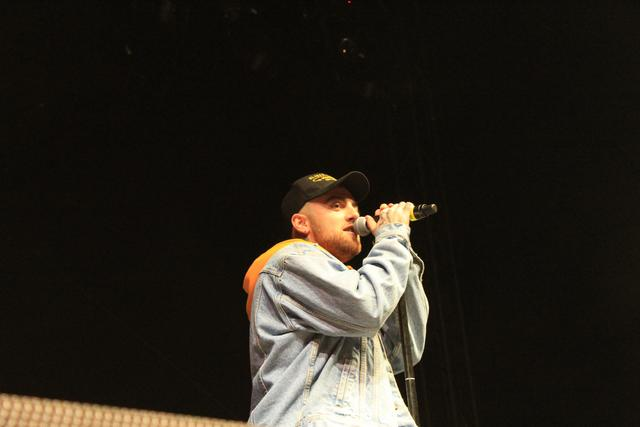 Mac Miller performing at Smokers Club Fest 2018.