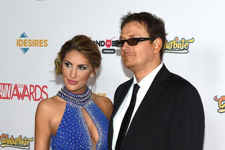 August Ames Husband >> August Ames Husband Files 5 Million Claim After Info On Wife S