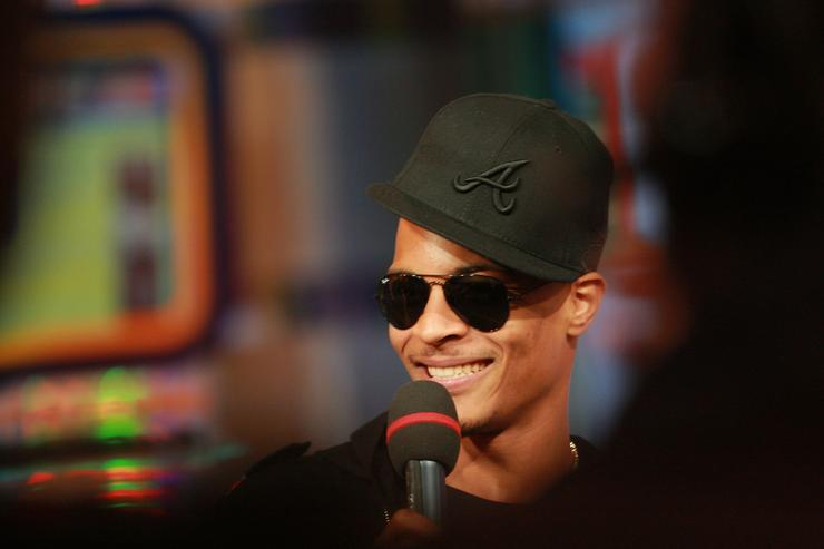 T.I. at MTV TRL smiling