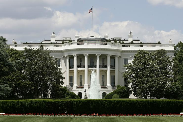 Man shoots himself outside White House: Secret Service