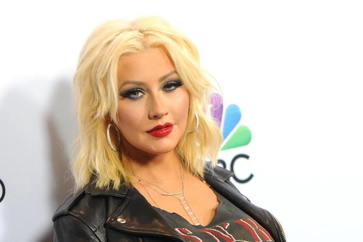 Christina Aguilera Goes Makeup Free For Photo Shoot, Talks Female Empowerment
