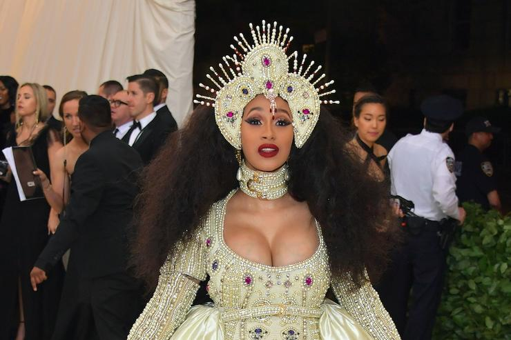 Cardi B Deletes Instagram Amid Feud with Azealia Banks