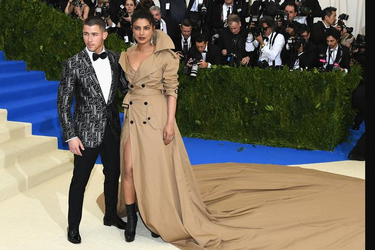 Priyanka Chopra and Nick Jonas confirm engagement with touching Instagram posts