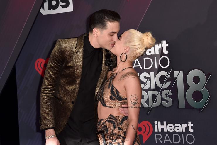 G-Eazy and Halsey kissing