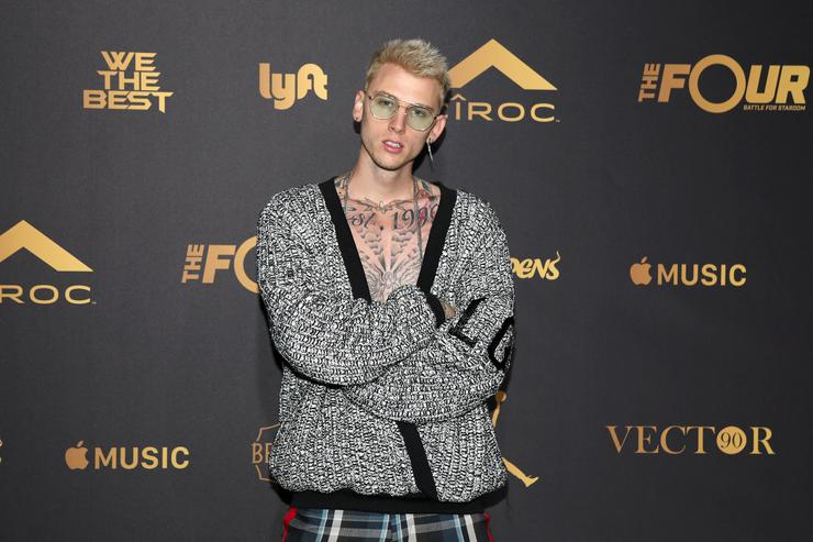 machine gun kelly braces himself for impending baldness