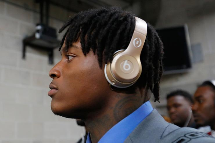 Reuben Foster's domestic violence charge dropped