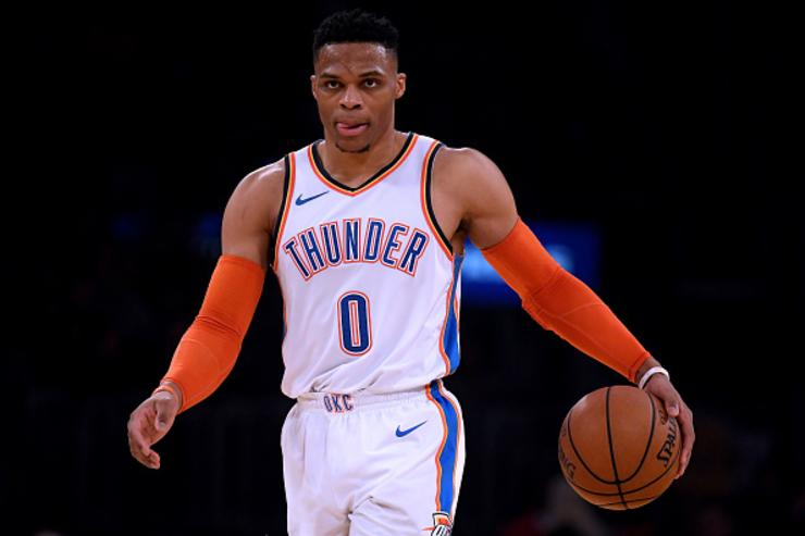 Thunder's Russell Westbrook extends triple-double record to 11 games