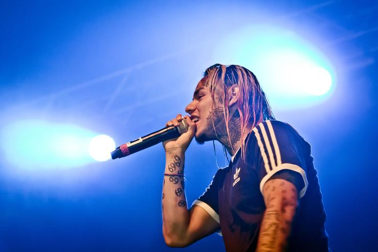 Tekashi 6ix9ine's Plea Deal: Prosecutors Recommend No Jail Time In Federal Case