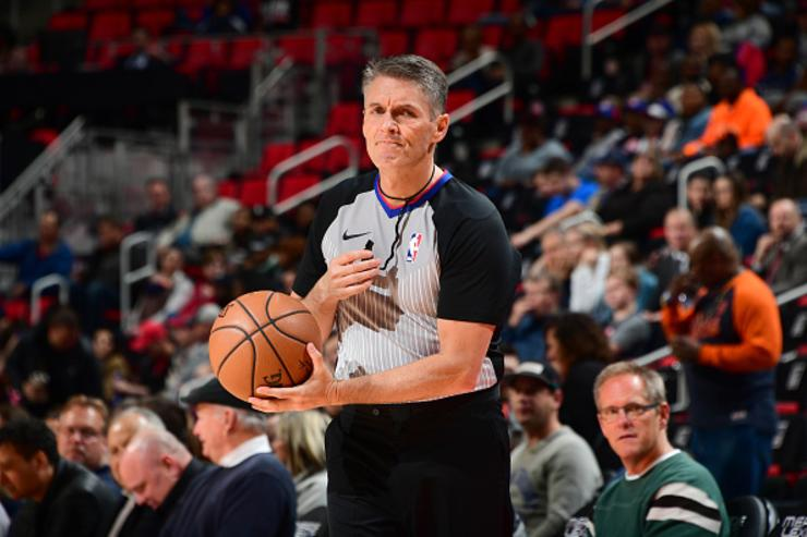 James Harden: Scott Foster shouldn't officiate Rockets games anymore
