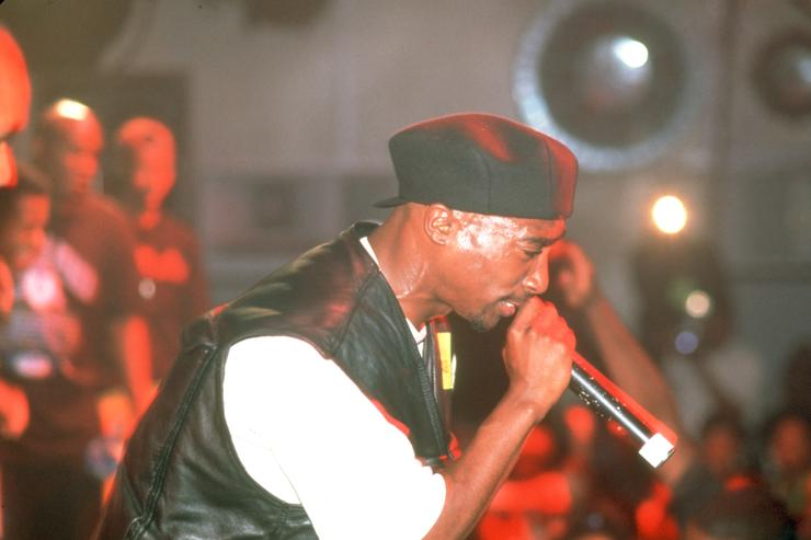2Pac in concert