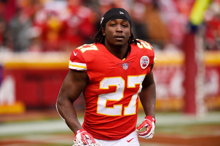 Kareem Hunt suspended 8 games for incident at Cleveland hotel