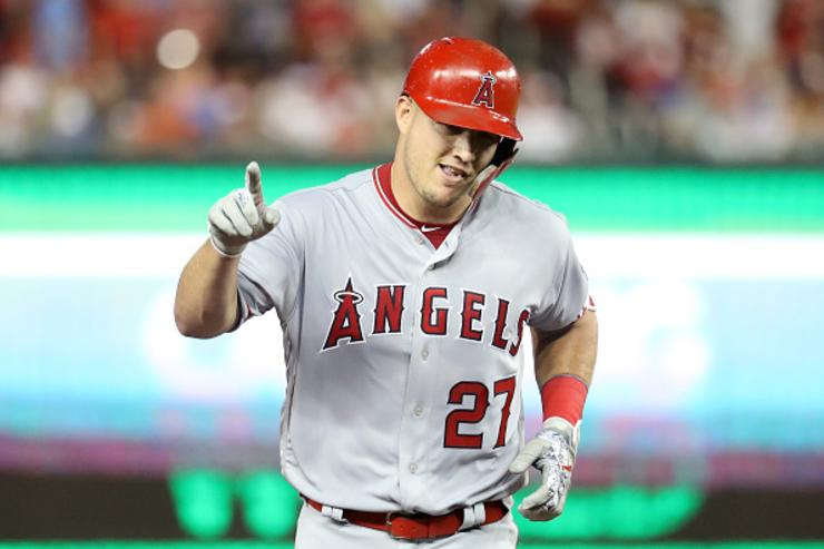 Mike Trout, Angels close to record $432M, 12-year deal