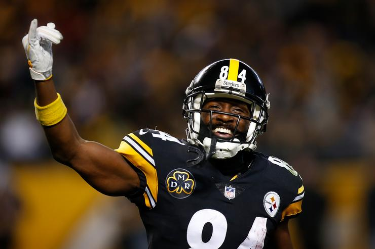 Antonio Brown Trades Words with Former Teammate JuJu Smith-Schuster