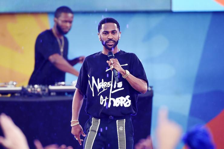 Big Sean performing live